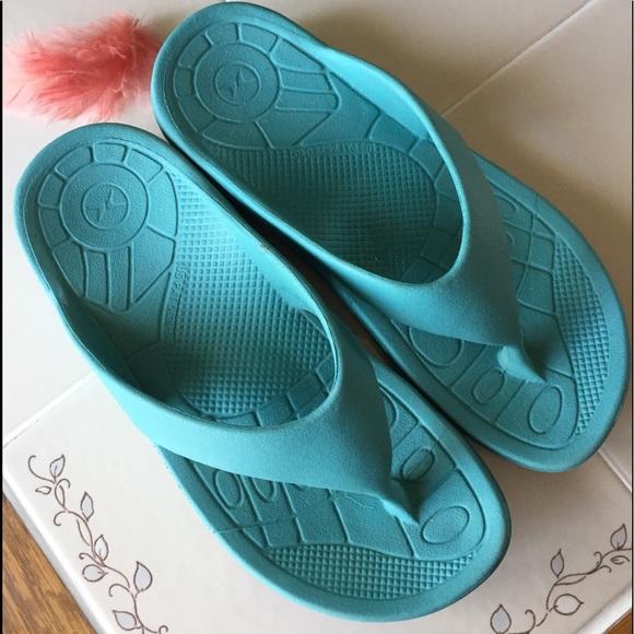 Aetrex Shoes Flipflops W Arch Support Poshmark
